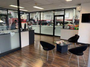 Southbank Prestige Service Centre Office